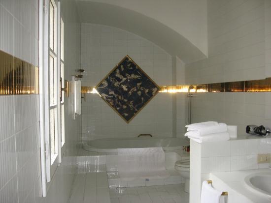 Panella's Residence: bathroom room 44
