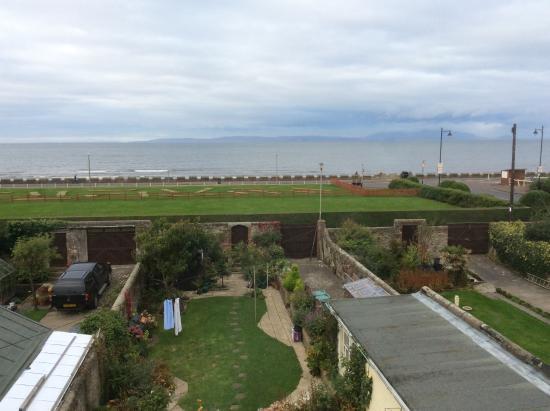 Beaches Guest House: View towards Arran