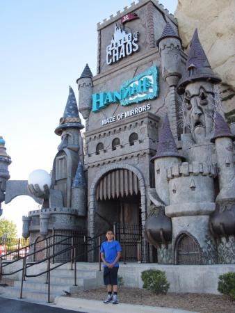 Castle of Chaos: Entrada del lugar