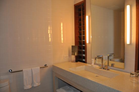 salle de bains - Picture of The Modern Honolulu, Honolulu - TripAdvisor