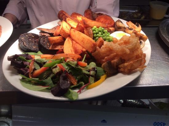 Burton Agnes, UK: New Chefs plates!!!😛😋😛
