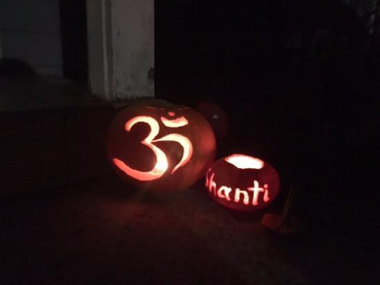 Ayurveda Health Retreat: Halloween decoration