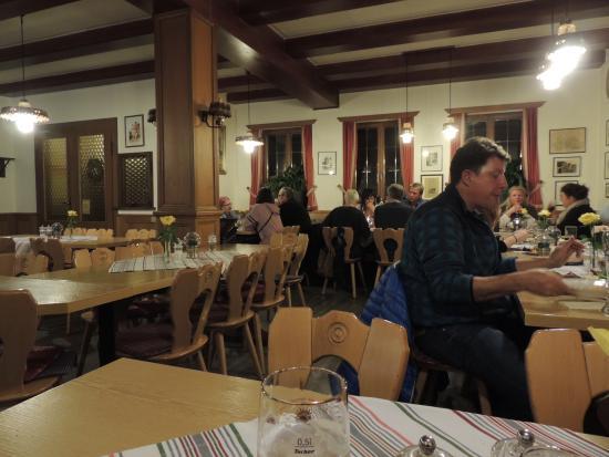 Gasthof zum Ochsen: Dining