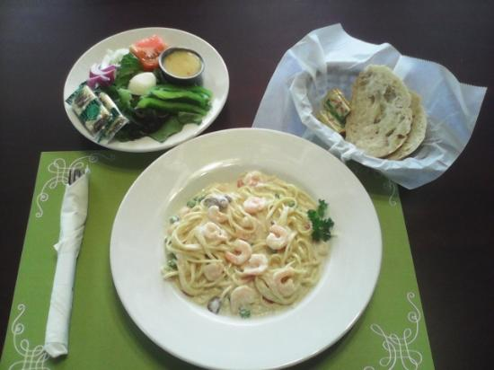 Trenton, TN: Shrimp Pasta Alfredo Dinner