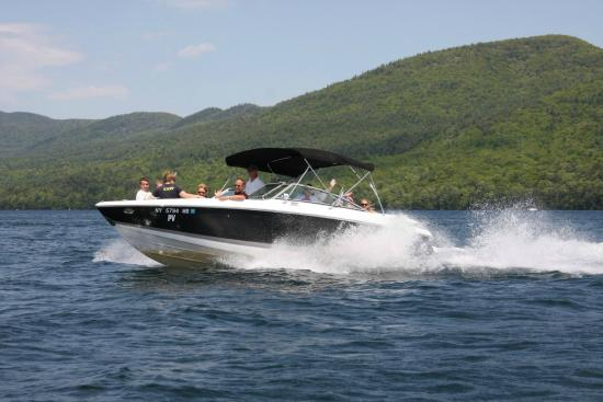 Diamond Point, Estado de Nueva York: Cruising in Northwest Bay!