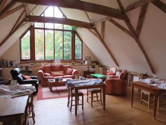 Oak Farm Barn: Breakfast/Lounge Area