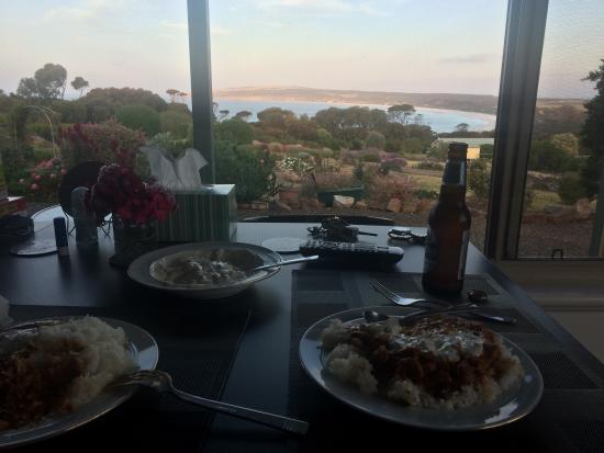 Emu Bay Holiday Homes: photo0.jpg