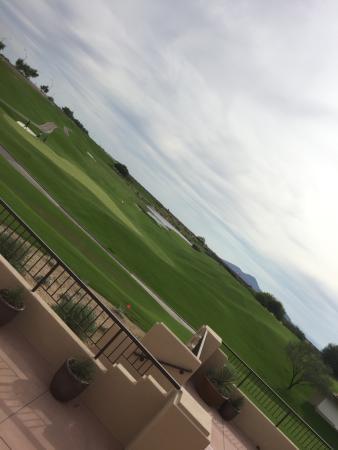 TPC Scottsdale - The Stadium Course: レストラン テラスにて