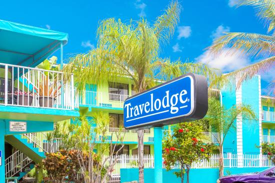 Travelodge Fort Lauderdale Beach: EXTERIOR (ENTRANCE) DAYLIGHT