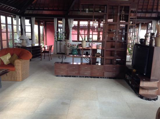 Canang Sari Villas: Villa Jepun - one of the many enormous communal areas in the villa