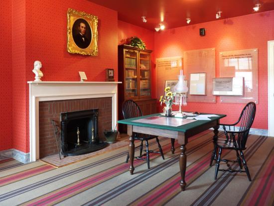 David Wills House: Parlor