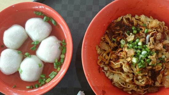 Chao Zhou Fishball Noodles