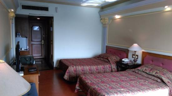Hotel Tuli International : Room