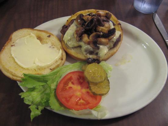 Tulelake, Califórnia: Mushroom/Swiss Burger
