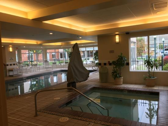 Nice Indoor Pool Area And Jacuzzi Picture Of Hilton Garden Inn Spokane Airport Spokane