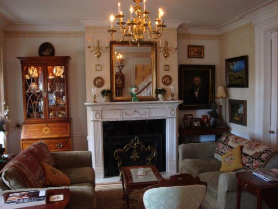 Abbey's High Street Bed and Breakfast: Sitting Room
