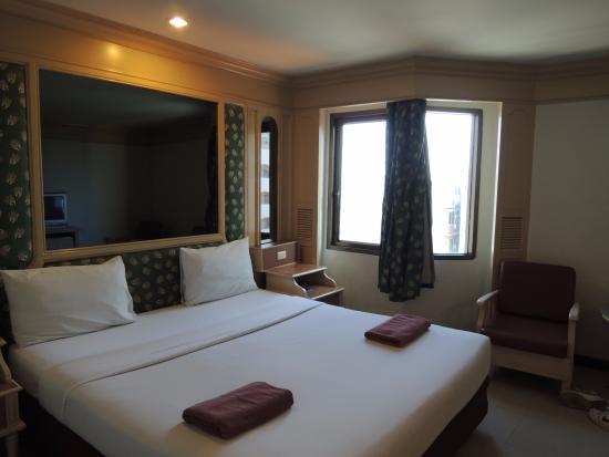 A A Pattaya Hotel: 部屋