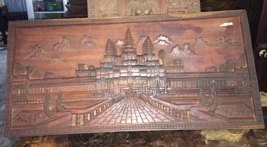 Carving of angkor wat in beng wood picture cam