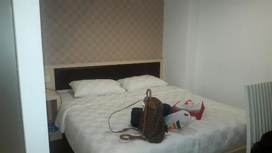 20151030 234155 large jpg picture of hotel 88 grogol jakarta rh tripadvisor com sg