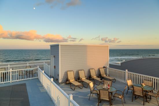 The Seaside Amelia Inn : Roof top deck