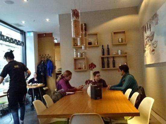interieur - Picture of Nanoosh, Berlin - TripAdvisor