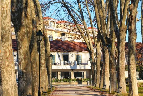 Estalagem Santa Iria: подъезд к отелю