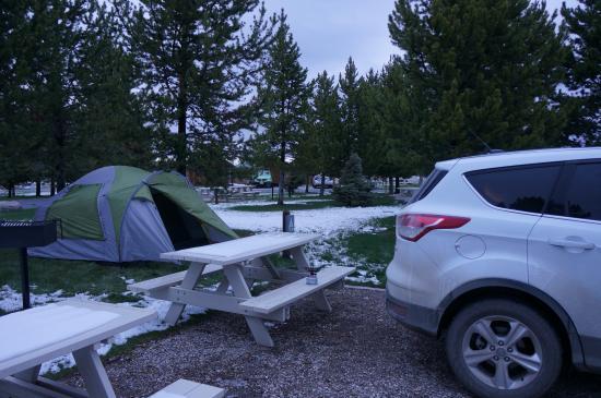 Yellowstone Grizzly RV Park: Кемпинг в Уэст-Йеллоустоне