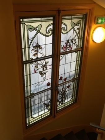 Grand Hotel des Balcons: 素敵なステンドグラス