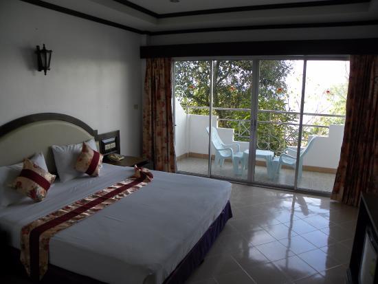 Tri Trang Beach Resort: в номере
