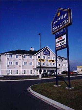 Lakeview Inn and Suites Brandon : View