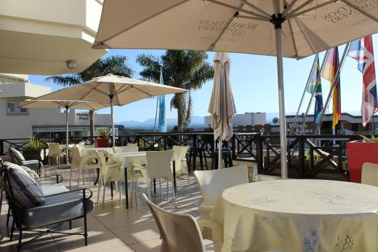 Bayview Hotel: Restaurant Patio
