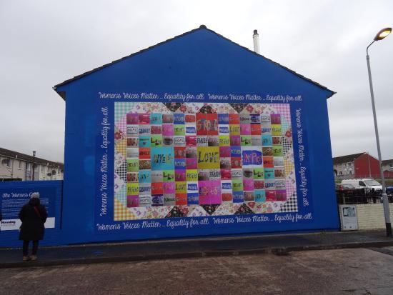 Belfast mural tours belfast f nyk pe for Belfast mural tours