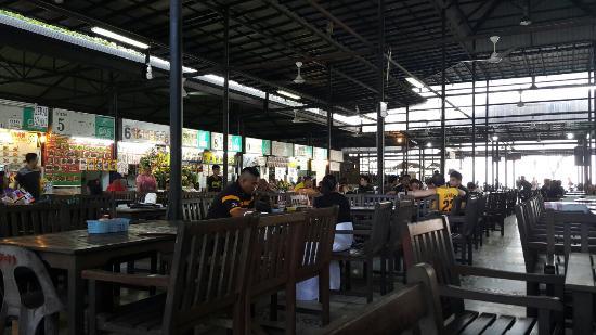Tanjung Aru Seafood Restaurant: 20151105_171452_large.jpg