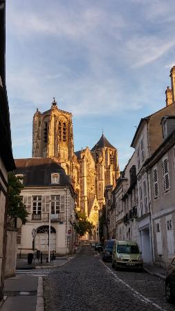 Cath drale de bourges la nuit photo de office de tourisme de bourges bourges tripadvisor - Office de tourisme bourges ...