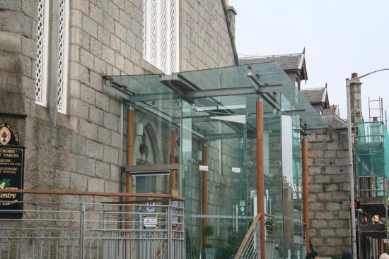 Acorn Centre