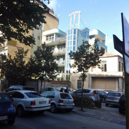 Elysee street view