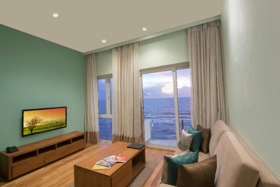 Ocean Edge Suites And Hotel Colombo