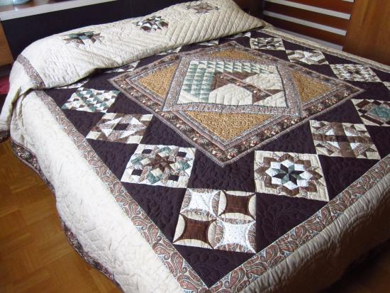 Sylvia Petersheim Quilts