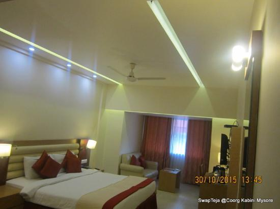 United 21 Hotel : Room
