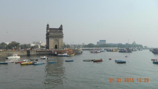 Regent Hotel Colaba: Гавань Мумбая и Ворота Индии