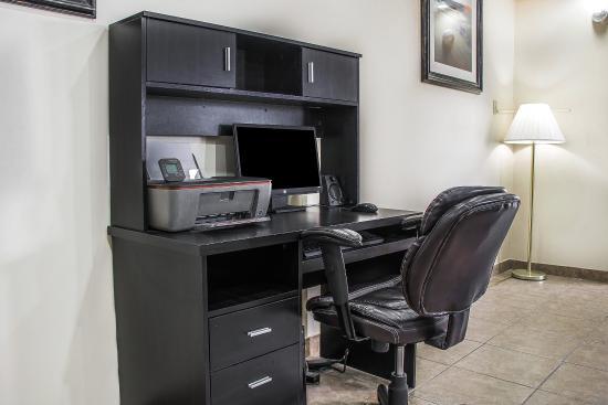 Quality Inn Manitowoc : Computer