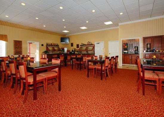 Clarion Suites: Restaurant