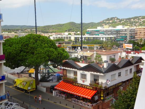 hotel acapulco lloret: