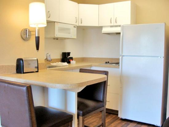 Extended Stay America - Meadowlands - East Rutherford: Fully-Equipped Kitchens