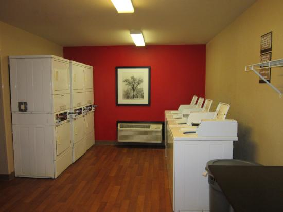 Extended Stay America - Fort Lauderdale - Plantation: On-Premise Guest Laundry