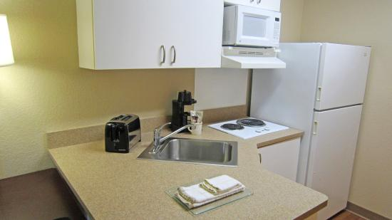 Extended Stay America - Orlando - Lake Mary - 1036 Greenwood Blvd: Fully-Equipped Kitchens