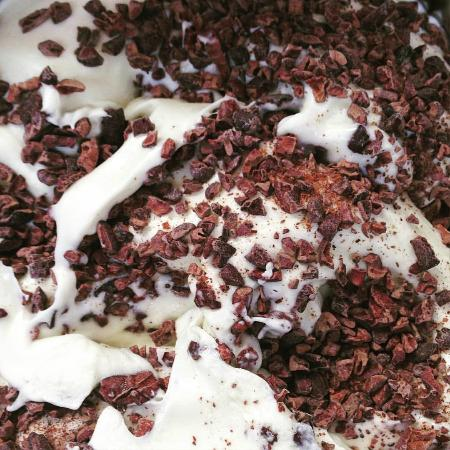 Gelato Secrets : White Chocolate Gelato with Cacao Nibs