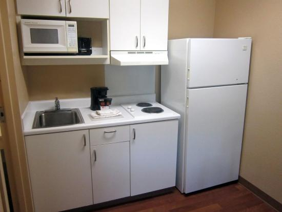 Extended Stay America - Sacramento - Northgate: Fully-Equipped Kitchens