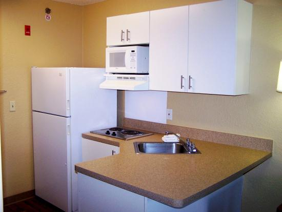Extended Stay America - Minneapolis - Airport - Eagan - South: Fully-Equipped Kitchens