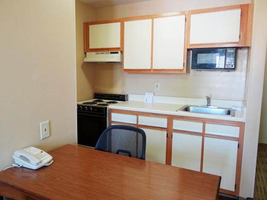 Extended Stay America - Raleigh - Cary - Harrison Ave.: Fully-Equipped Kitchens